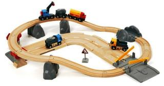 BRIO Rail & Road Loading Set 33210